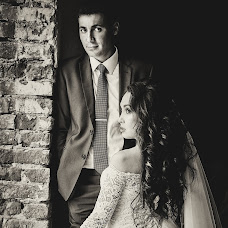 Wedding photographer Nikolay Valyaev (nikvval). Photo of 31.07.2017