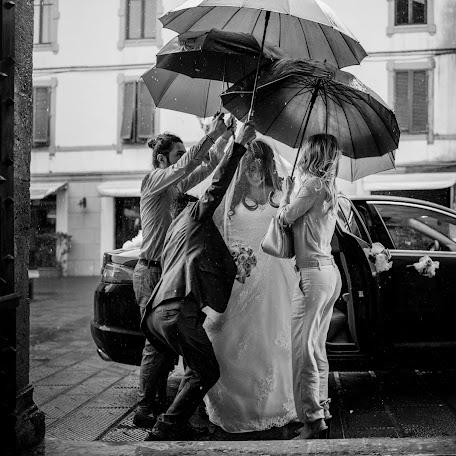 Wedding photographer Massimo Santi (massimosanti). Photo of 08.09.2017