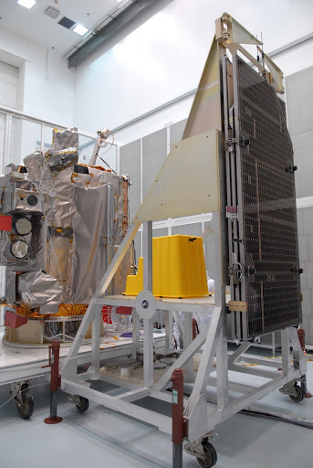 Inspection begins of the solar arrays for NASA's Lunar Reconnaissance Orbiter or LRO at the Astrotech processing facility.