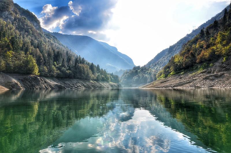 Lago di Corlo di luca_rubbis