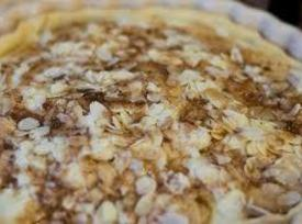 Best Ever Almond Apple Pie Recipe