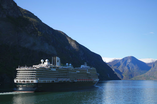 koningsdam-exterior23.jpg - Sail through glacier-carved countrysides in Northern Europe on ms Koningsdam.