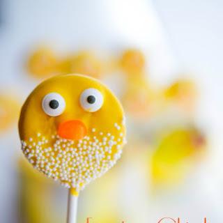 Easter Chick Oreo Pops.
