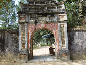 Photo: VIETNAM Hué - Tombeau de Tu Duc