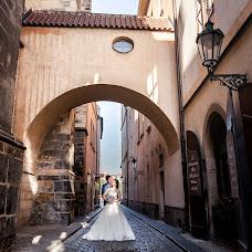 Wedding photographer Roman Lutkov (romanlutkov). Photo of 08.01.2018