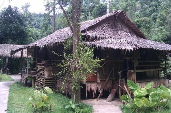 Vila Cultural Mari Mari