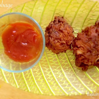 ONION AND CABBAGE PAKODA ( ONIONS, CABBAGE FRITTERS )