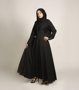 black zip line abaya