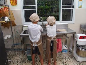Photo: Guest House Phranakorn Nornlen - atelier Pain - Bangkok