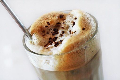 FRAPPE (with milk & ice)