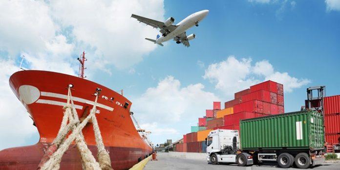 Tàu thuỷ, máy bay và xe tải là những phương tiện vận chuyển hàng từ Việt Nam sang Mỹ