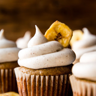 Banana Cupcakes with Cinnamon Cream Cheese Frosting Recipe