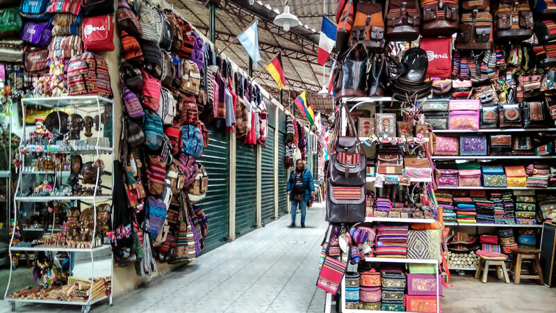 centro+artesanal+cuzco market in peru+south+america