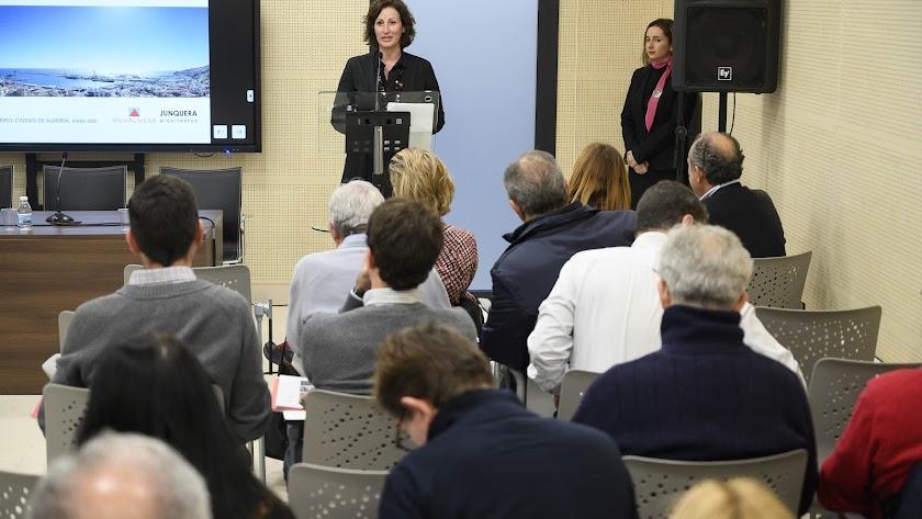 La Concejala de Presidencia, María Vázquez.