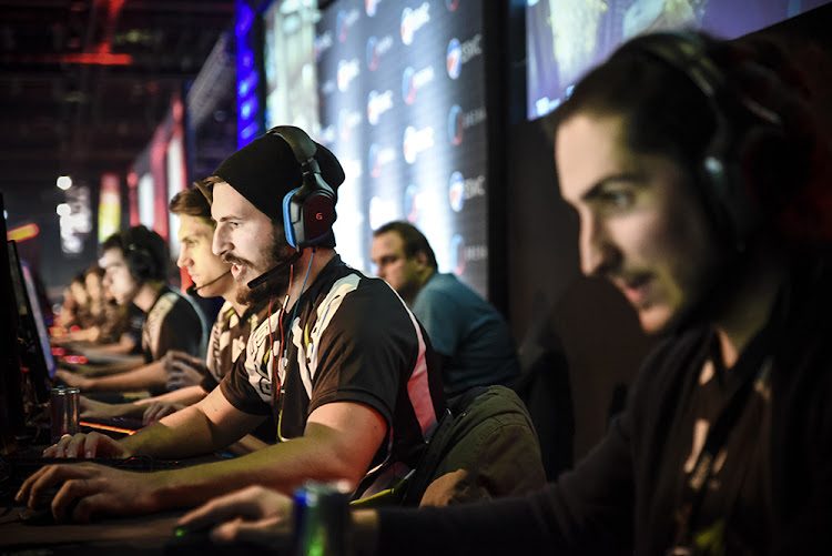 Esports, or competitive video games has been slowly growing into the biggest thing you have never heard of and according to a number of experts in the field, South Africa has reached a tipping point with enough supporting infrastructure, sponsors and tournaments to create full time gamers.