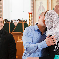 Wedding photographer Valentina Baturina (valentinalucky). Photo of 05.06.2016