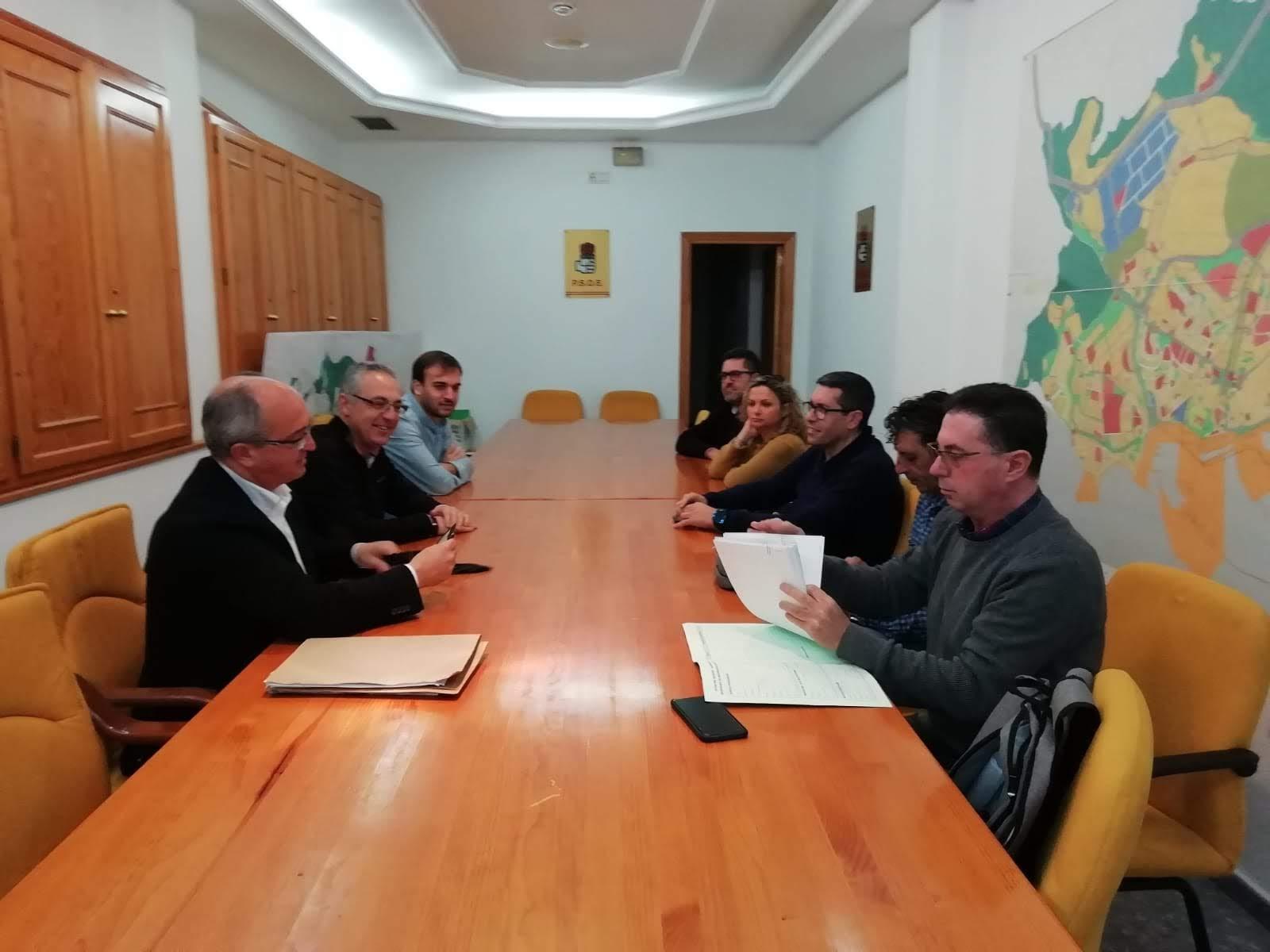 El PSOE reitera su respaldo a la plantilla de los autobuses urbanos