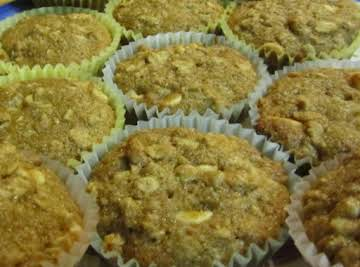Eamon & Rae's Oatmeal Applesauce Muffins