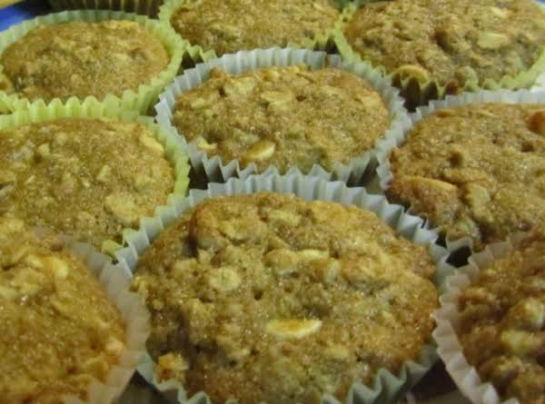 Eamon & Rae's Oatmeal Applesauce Muffins Recipe