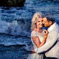 Wedding photographer Hermina Posta (inspirephotoro). Photo of 04.09.2018