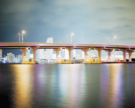 Miami-Venetian-Causeway.jpg - The Venetian Causeway crosses Biscayne Bay between Miami and Miami Beach.