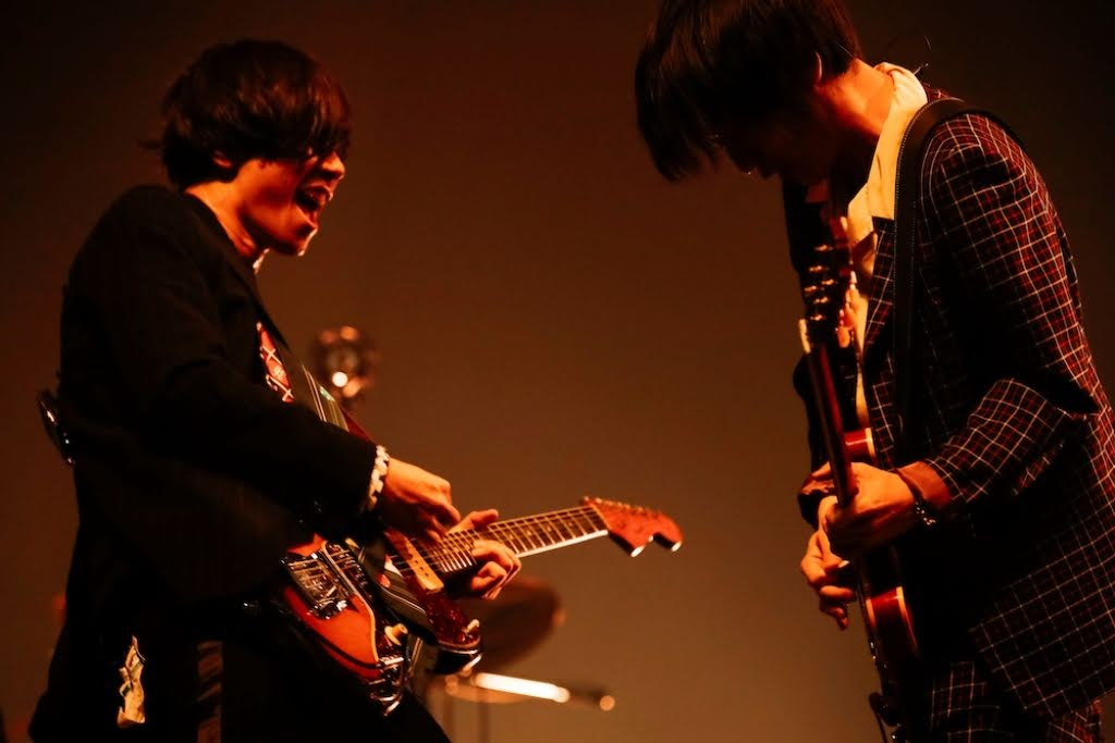 [ALEXANDROS] 任 COUNTDOWN JAPAN 19/20 首日壓軸 大合唱響徹會場
