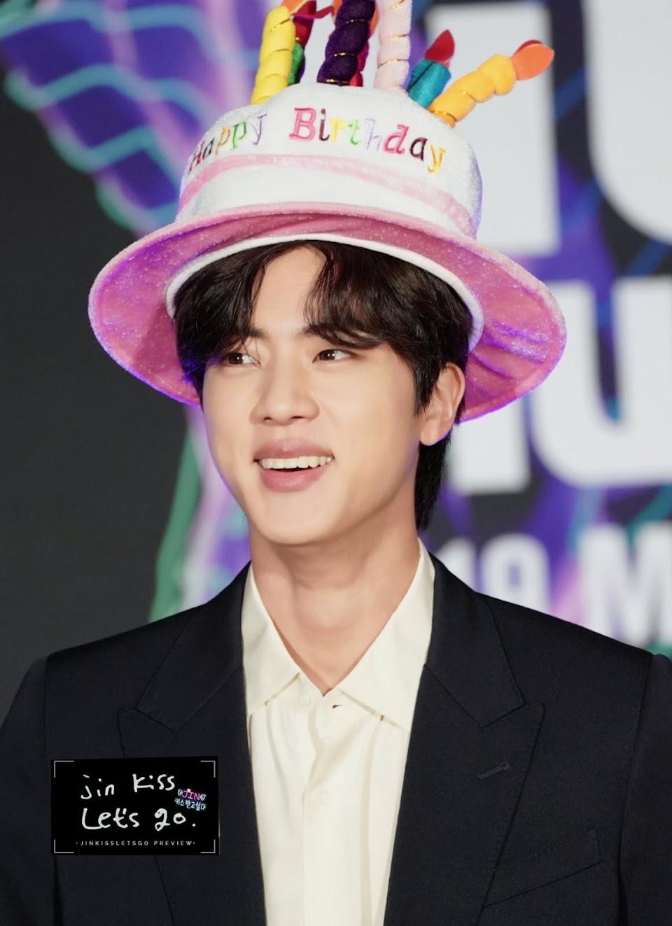 bts-jin-hat