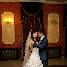 Wedding photographer Mikhail Zakhvatkin (Zakhvatkin). Photo of 04.11.2014