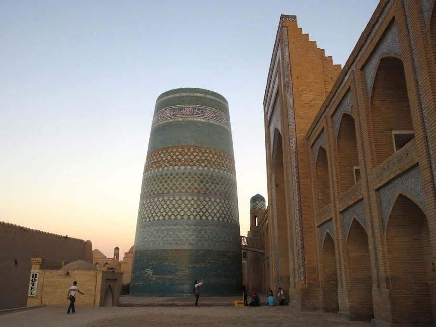 Dia 24 – Da aridez de MOYNAQ ao esplendor de Khiva, no Uzbequistão 🇺🇿  | Crónicas do Rally Mongol