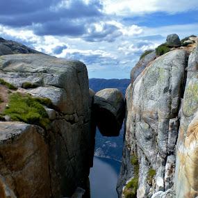 by Frøydis Folgerø - Landscapes Mountains & Hills