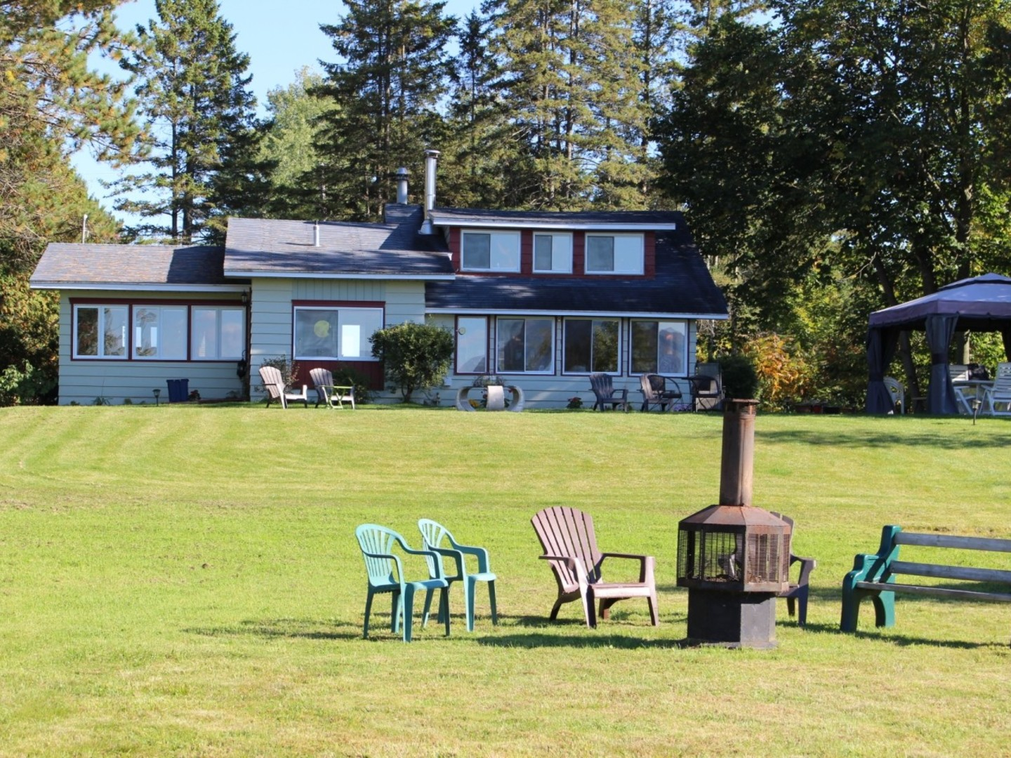 Cottages for rent for 10 people in Quebec #6
