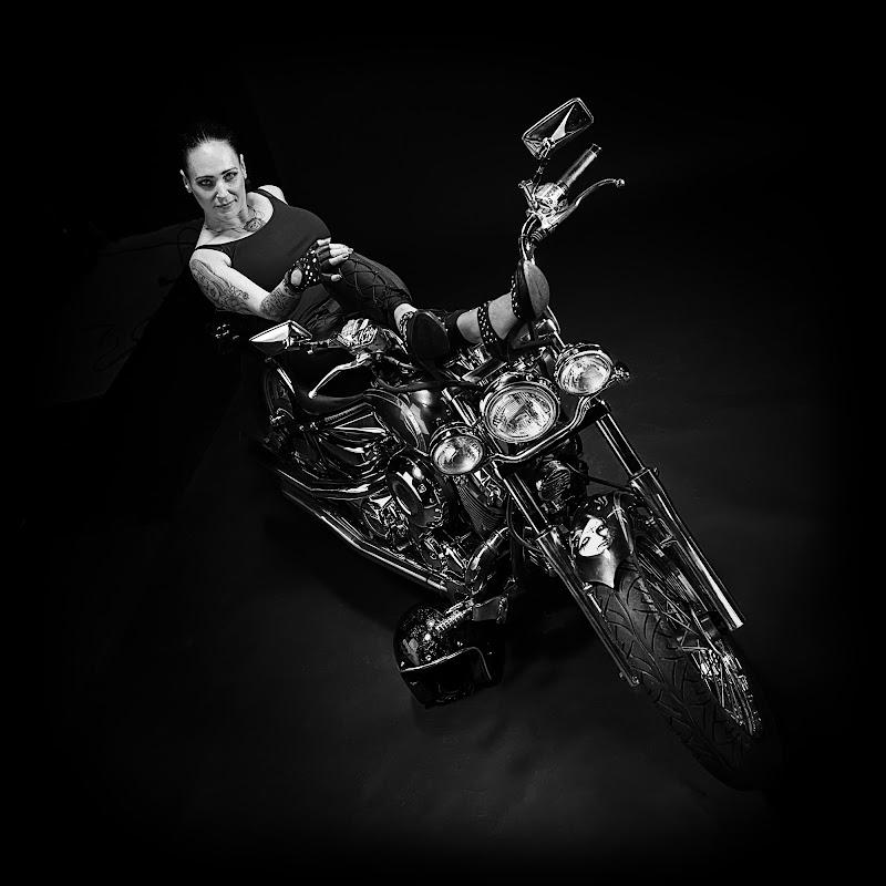..Lady Biker... di Alessandro Alessandri