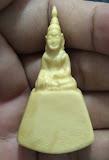 พระพุทธงาแกะ ศิลป์สวย ลายงาชัดเจน เนื้อฉ่ำได้ 20-30 ปี ขนาดใหญ่