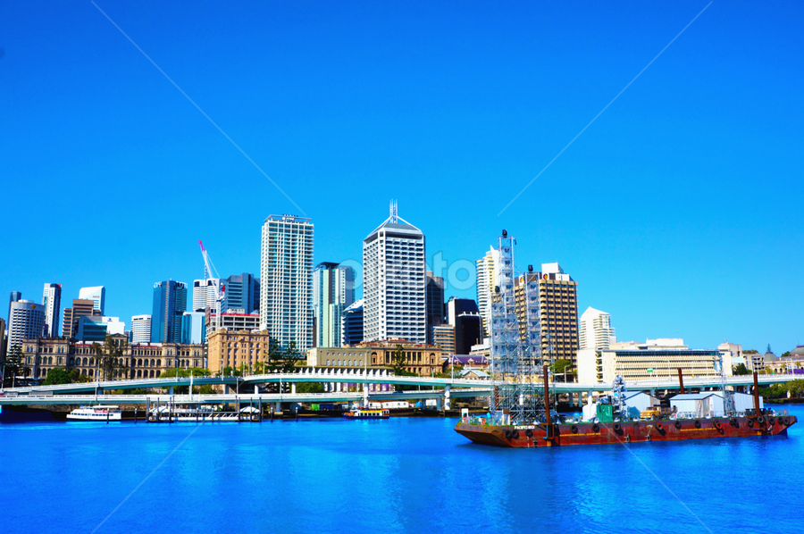 Brisbane City       by Arif Perdana - Landscapes Travel
