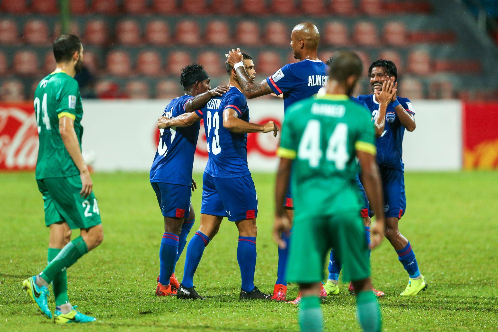Bengaluru players celebrate Cleiton Silva's goal