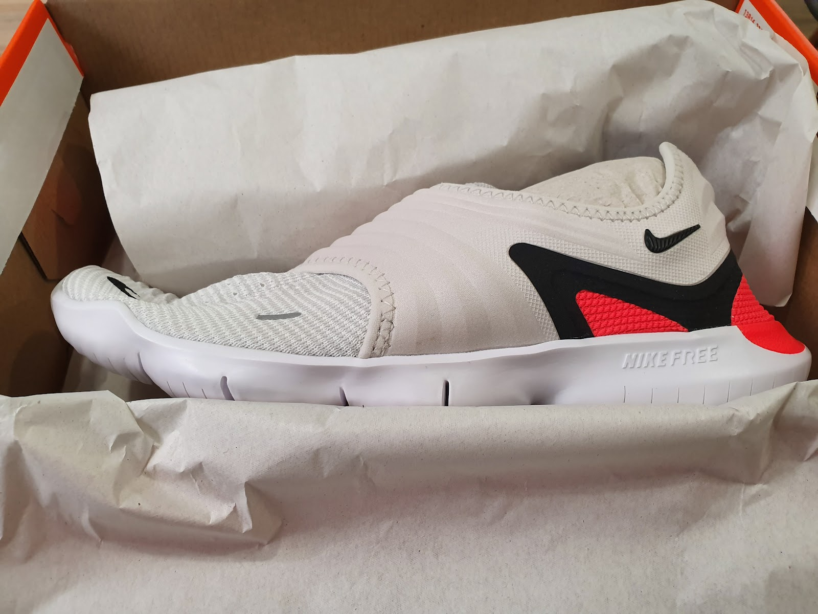 new concept 3dc51 d1299 The New Lace-less Nike Free RN 3.0 Is Your New Favourite ...