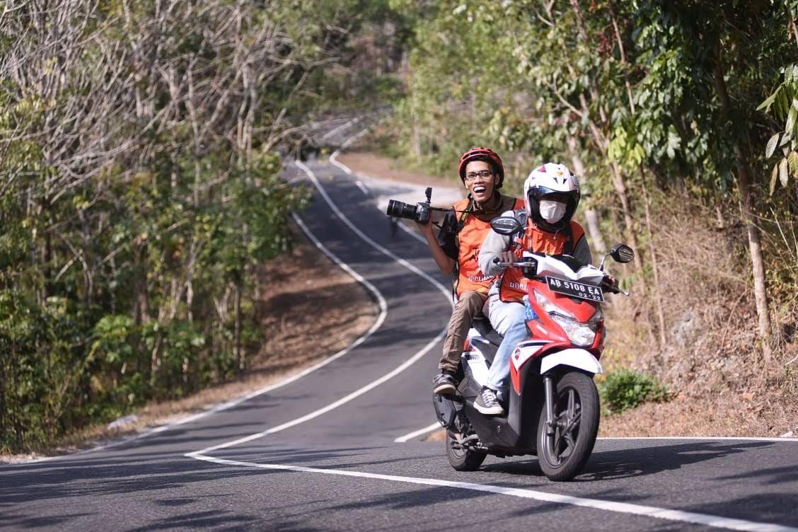 Ikut menikmati Tour de Ambarrukmo 2018 sebagai tim dokumentasi