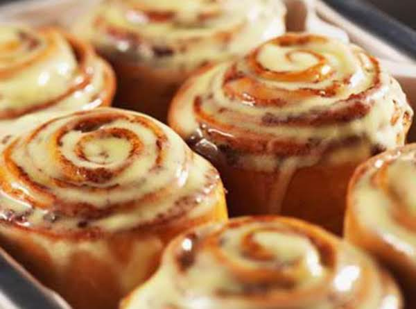 Copy Cat Cinnabon Cinnamon Rolls With Cream Cheese Frosting Recipe