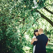 Wedding photographer Irina Gaydukevich (blackmurrr). Photo of 10.09.2016