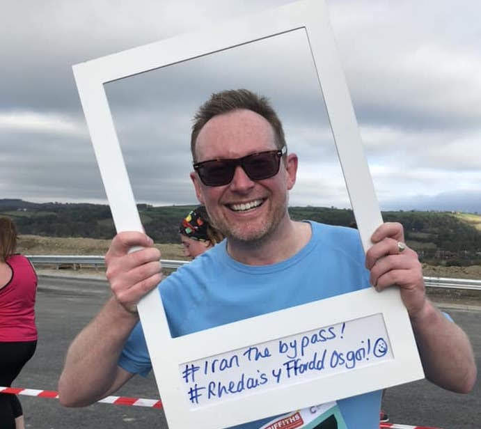 Hundreds take part in bypass run and walk