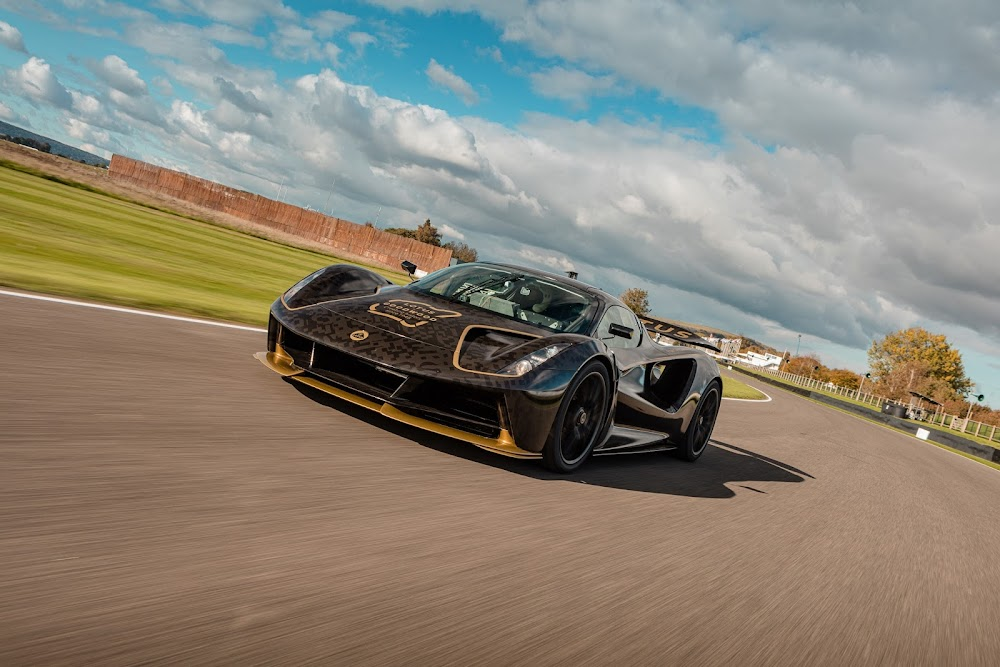 WATCH | It's electrifying - world's most powerful supercar in action