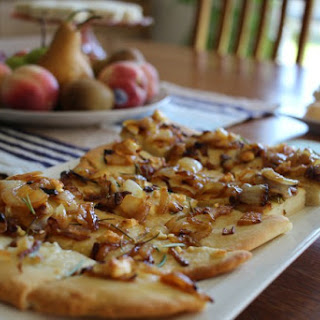 Caramalised Onion and Goats Cheese Flatbread