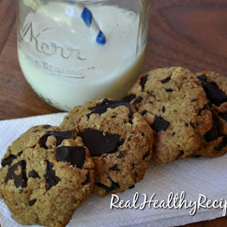 BEST Chocolate Chunk Cookies