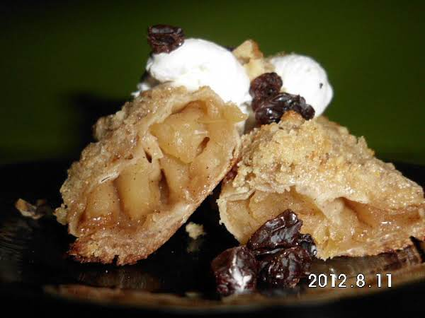 Apple Streusel Wonton Rolls Recipe