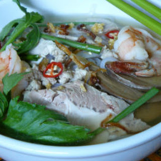 Phnom Penh Noodle Soup with Pork, Shrimp, Garlic and Shallot.