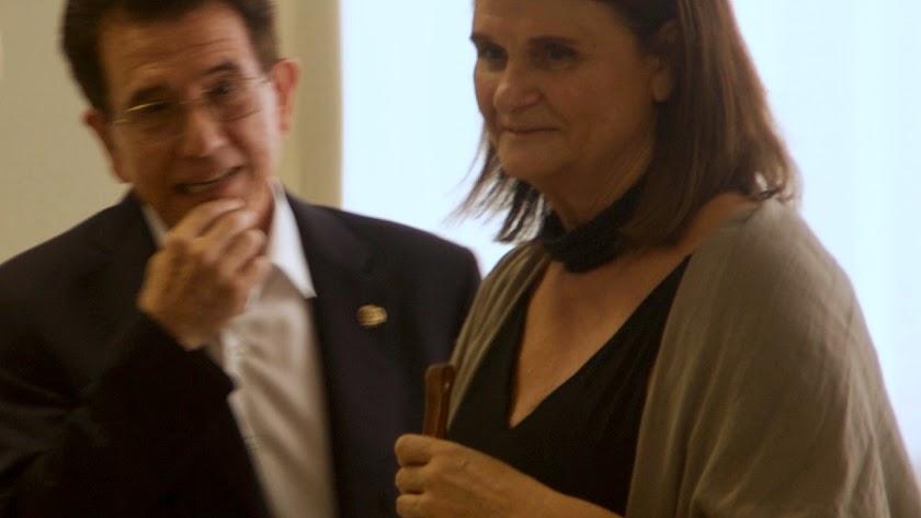 Matilde Sánchez junto al alcalde de Alcudia. (Foto: F. Manuel Falces)