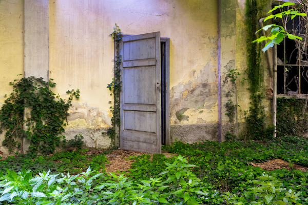 La porta del passato di Concetta Caracciolo
