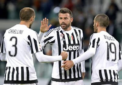 Andrea Barzagli en Giorgio Chiellini staan op het punt om hun contract te verlengen bij Juventus