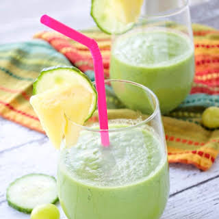 """Perfect """"Pick Me Up"""" Green Smoothie."""