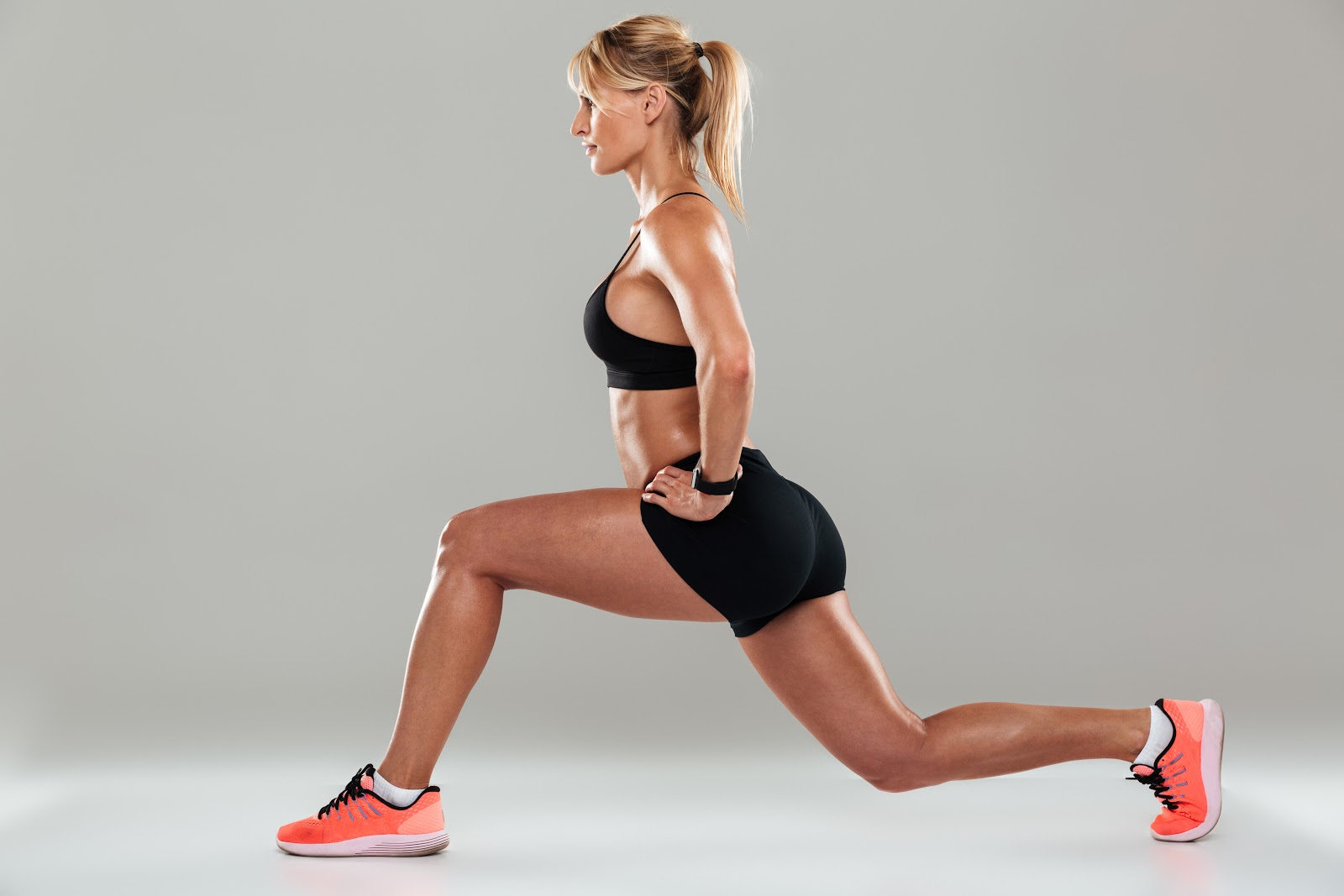 Glute Exercises for Runners: Lunges